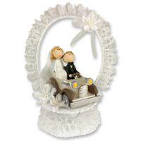 Современная свадебная пара на машине, с венком из тюли, с открывающимся основанием, 1 шт.