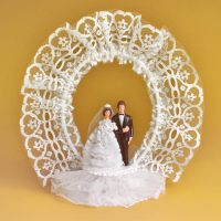 Свадебная пара с венком из тюли, с открывающимся основанием, 4 шт.