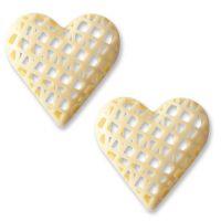 Шоколадные фигурки сердца из белого шоколада