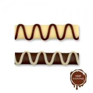 Палочки из белого и темного шоколада