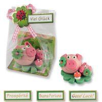 Фигурки марципановые свинка большая и маленькая