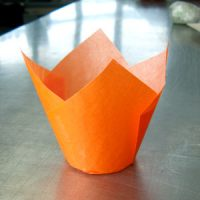 Форма бумажная  ТЮЛЬПАН 150/50 оранжевые 200шт х16, короб 3200 шт.
