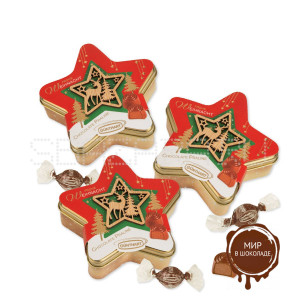 Новогодняя жестяная звезда с деревянным декором и пралине