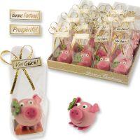 Фигурки марципановые свинка с листом клевера, 16 шт