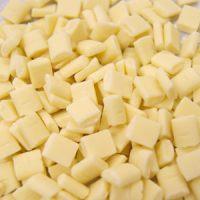 Шоколадные КУБИКИ белые 30% ,короб 4 кг.