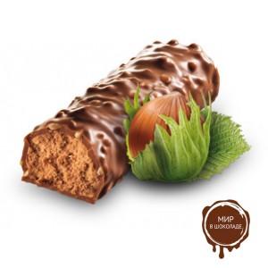 Батончики  MUNZ из молочного шоколада с начинкой пралине, 46 гр.