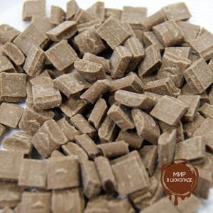 Шоколадные КУБИКИ молочные 30%  ICAM CUBETTI DI CIOCCOLATO AL LATTE короб 4 кг.)